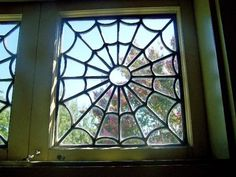Spider web windows, Winchester Mystery House