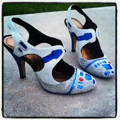 R2 D2 shoes! How cool are these??