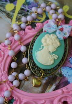 cameo brooches!