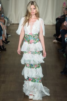 A look at the Marchesa spring 2015 collection.