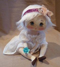 La ronde aux Lucioles poupé tissus, poupé doll, muñeca hermosa, doodl dolli