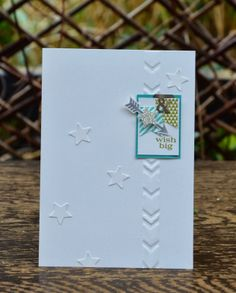 Love the delicate little elements of this card