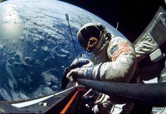 November 1966 Astronaut Edwin E. Aldrin., Jr takes a selfie while in space on Gemini 12 [4000 × 2766]