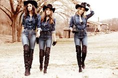 Nashville Babes! Gigi Hadid, Samantha Hoopes + More Star in Guess' Fall 2014 Ads photographs by Ellen von Unwerth