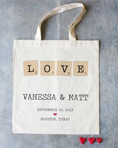 a tote that went perfectly with today's featured wedding. (: