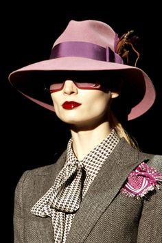 Gucci winter 2012 / grey + pink