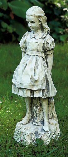 Alicia en el País de las Maravillas - Alice In Wonderland Statue