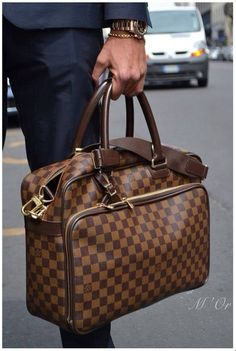 Men's Louis Vuitton Damier bag