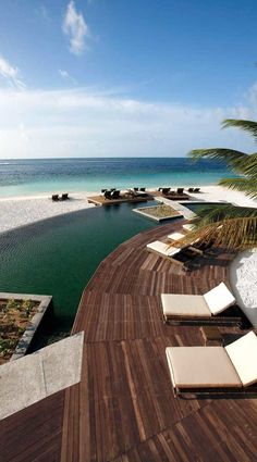 Constance Moofushi Resort, Maldives.