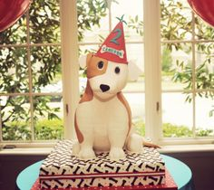 CLASSIC PUPPY PARTY by WH HOSTESS: Life size pup cake