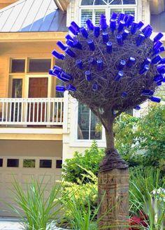 yard, recycled bottles, cobalt blue, bottle trees, glass, tree art, bottl tree, wine bottles, garden