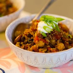 Healthy 3-Bean and Quinoa Chili - Its packed with nutrients, zero sugar, & great for the metabolism!