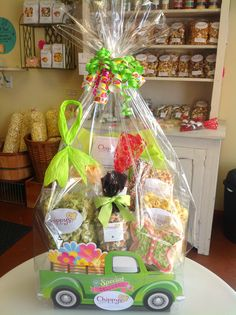Read the inspiring small business success story of Scott and Linda Chipman from Chippy's Popcorn Creations in Beaver Dam, WI and get lots of gift basket tips!