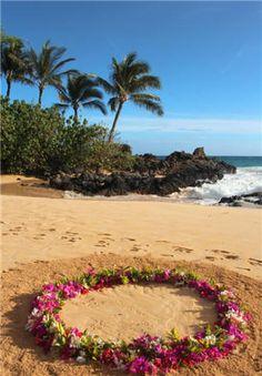 Hawaiian Wedding Circle flower ring on beach