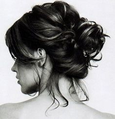 Messy Chignon Tutorial {perfect for a rainy day}