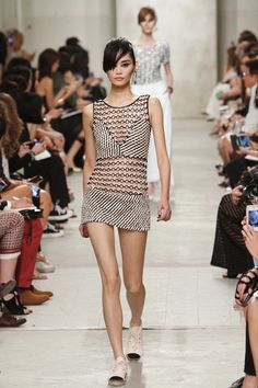 Chanel 2014 resort collection, Chain-link mini dresses