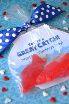 Super cute Valentine idea holiday, party favors, amanda parti, craft, valentine day, valentine cards, swedish fish, valentine ideas, valentin freebi