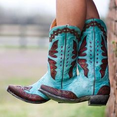 Country kinda girl... (wonderstruck-scarecrow) cowgirl boots, cowgirls, cowboy boots, style, colors, country girls, something blue, shoe, blues
