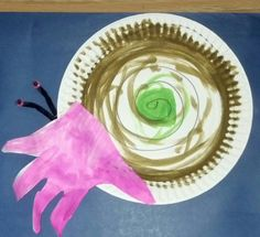 Summer craft...Paper plate hermit crab