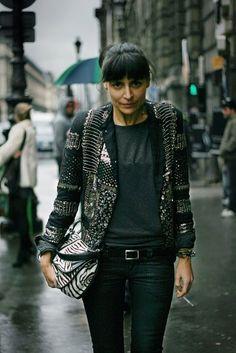 lilibaba:    La parisienne. that sweater!