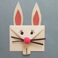 EASY BUNNY CRAFT~  Link has pattern and directions for transforming an envelope into this cute bunny!