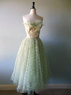 Vintage 1950s Party Dress . Garden Tea Party Dress . Light Mint Green Dress . Tulle/ French Net Dress x small