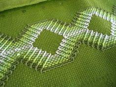 @ swedish weav, huck weav, green fabric, punto yugoslavo, punto filza, huck embroideri