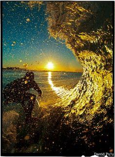 Sunrise Surf. Just another Pu'u classic