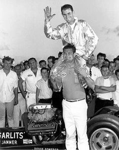 Buster Couch lifts up Don Garlits after Don ran Florida's first 200 mph pass