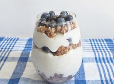 Raw Vegan Vanilla Blueberry Coconut Yogurt Parfait