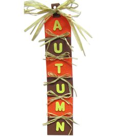 Spruce up an entrance with this Autumn door hanger!