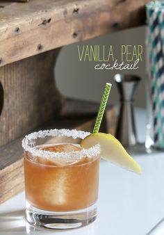 Vanilla Pear Cocktail - fabulous late-summer / fall drink!