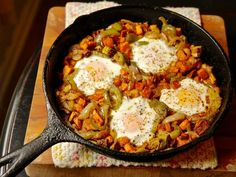 Easy Sweet Potato and Pepper Hash with Eggs