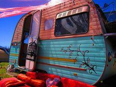 Vintage+Caravan+Painted+Tea+Shop Kitsch Caravan Tea Parlour & Store