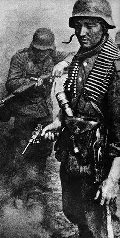 German soldiers, Stalingrad, 1942.