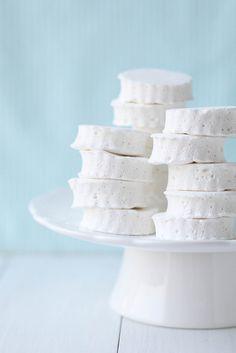 vanilla bean marshmallows by annieseats
