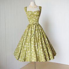 Vintage 1950's dress ...gorgeous KAHALA hawaiian pleated SHELF BUST cotton full circle skirt pin-up dress