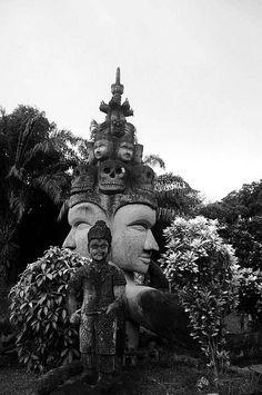 Laos Travel – Buddha Park, Vientiane. Lonely Planet