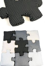 Jigsaw puzzle pillow!  So want to make these!  :D