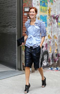 Taylor Tomasi Hill in jacquard long shorts - so chic for spring! // #streetstyle #fashion #TTH // Photo via Lee Oliveira
