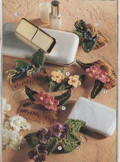 Small Crochet Flowers Pattern