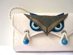 Felt Bag, Owl, White, Blue, Navy, Gray and Beige.
