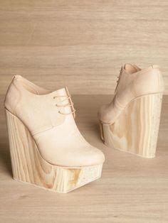 shoes - ?