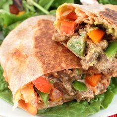 At 255 calories per serving, this Steak Fajita Sandwich is a definite meal on my menu! #menuplanning #steak #fajita #sandwich