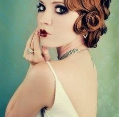 How to Create a Beautiful 1920s Hairstyle