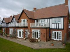 Two Bedroom Flat For Sale in Maybush Lane Felixstowe £375000 –...