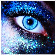 Blue Glitter Eyeshadow