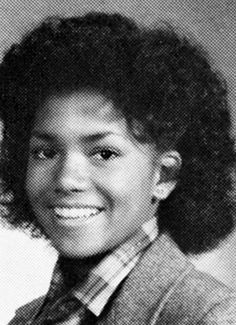 Halle Berry-wow! the years did wonders for her.. hall berri, star