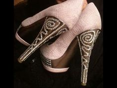 DIY Deco-Den Tutorial: How to Glam Up Your Shoes