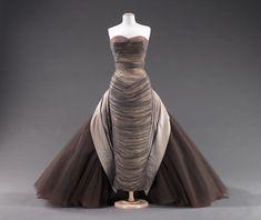 Amazing dress! YES please